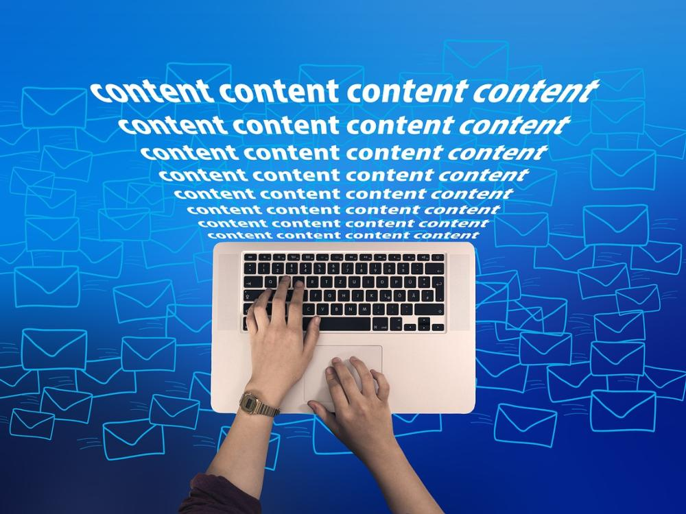 WEBSITE CONTENT WRITING: SPOTLIGHT GUIDE TO DRIVE TRAFFIC AND PAY ZERO