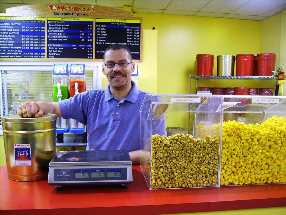 A Popping Success Story: Popper-Razzi Gourmet Popcorn