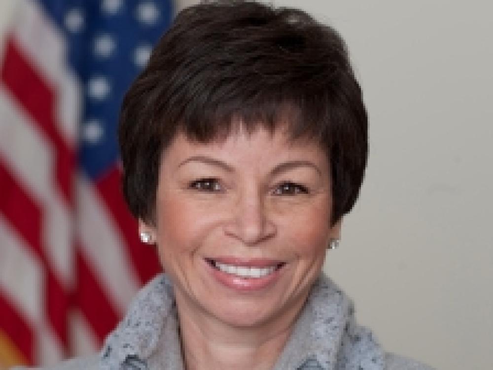 Valerie Jarrett headshot