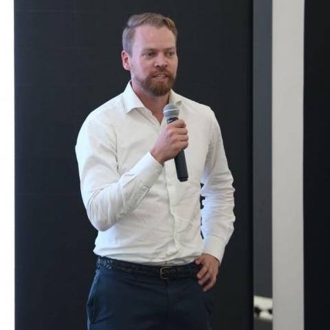 Mikael S Vellonen