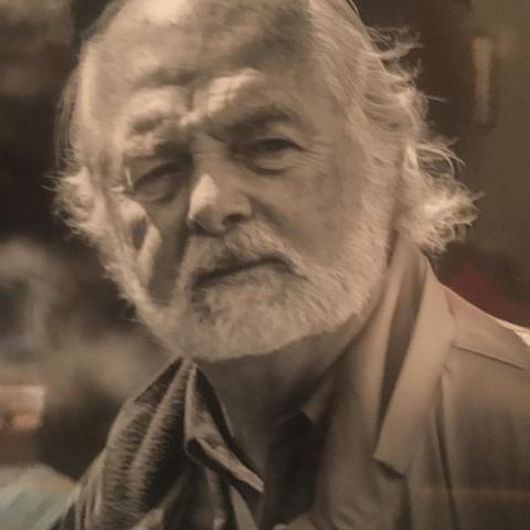 Earle Bolks