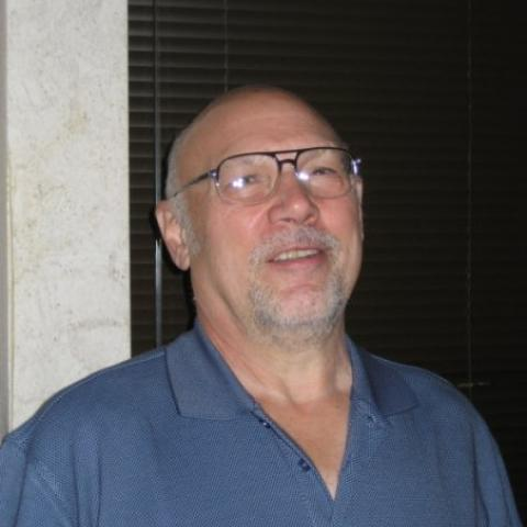Robert J Gerenyi