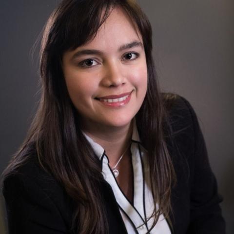 Diana D Martinez