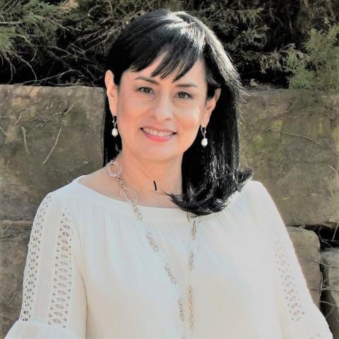 Dr. Martha Isabel Zapata
