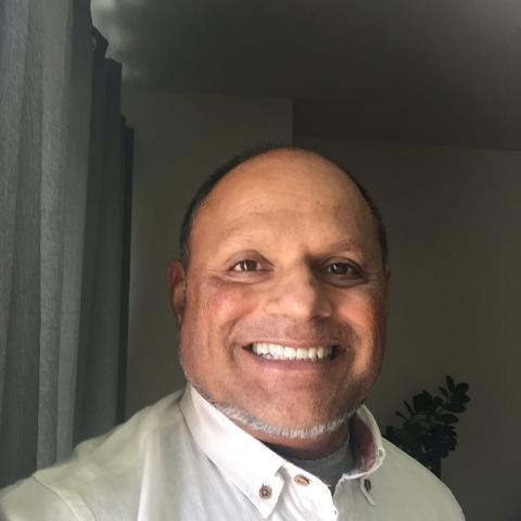 gudu husson. happy to help in entrepreneurial ventures