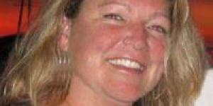 Anne Driscoll, southeastern CT SCORE workshop chairwoman