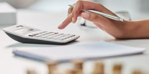 calculator-computing-cash-flow