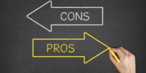 pros and cons on chalkboard