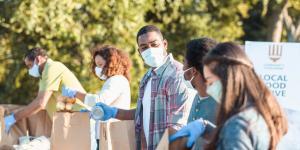 build-employee-volunteer-program-small-business
