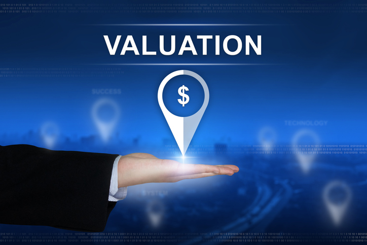 Asset-Based Valuation and Market Value Approach: What's the Difference Between These Valuation Methods?