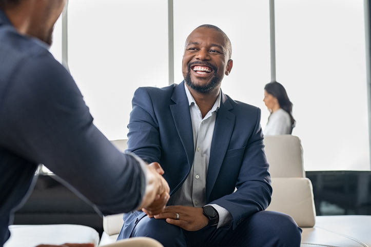 employee-at-black-owned-bank-or-credit-union