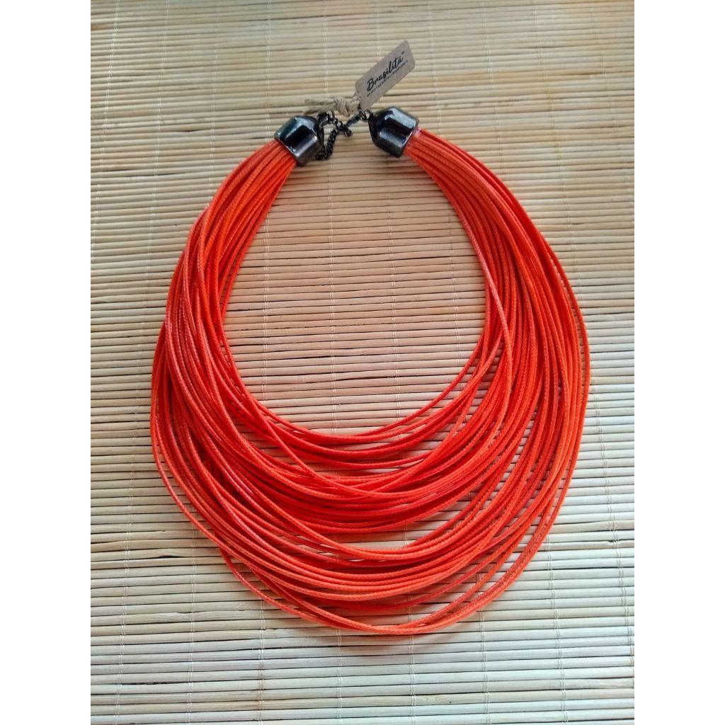 Maxi colar feminino de corda resinada várias cores