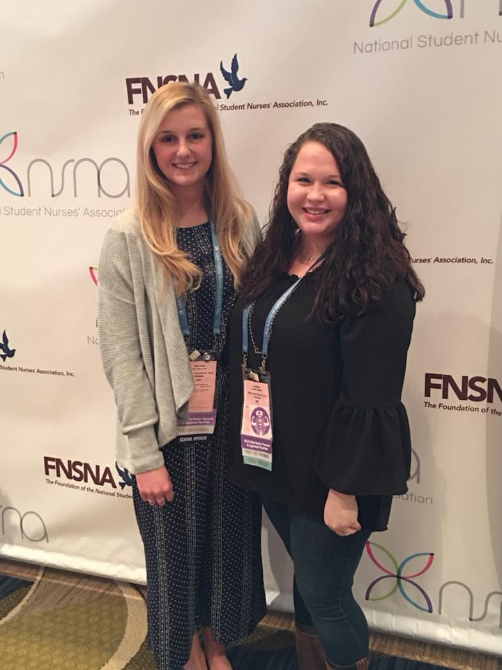 Image of Mercy College students (unidentified) at NSNA convention