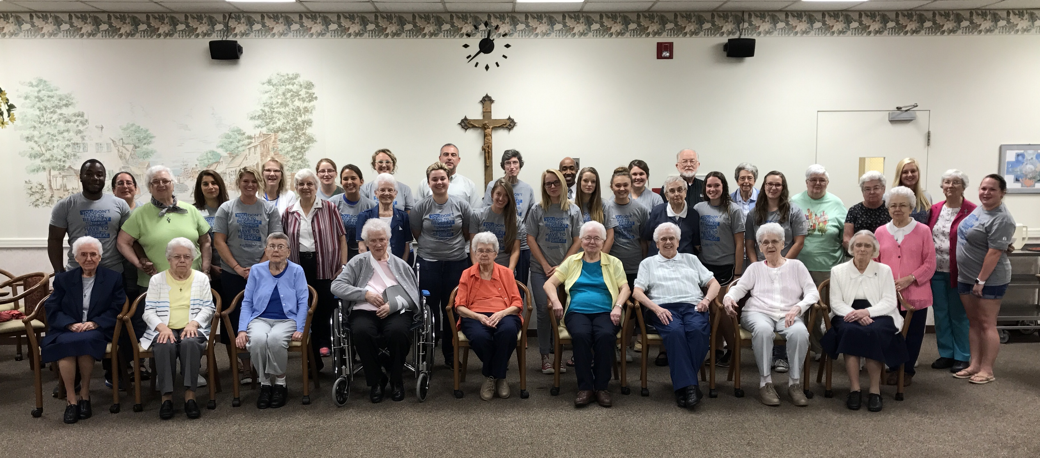 Image of Student Leader Retreat Participants with Sisters of Mercy residents