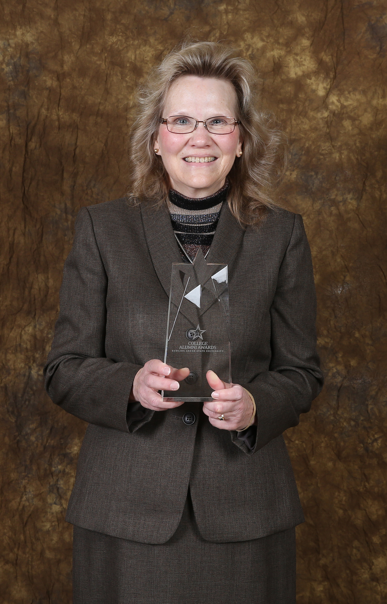 Image of Susan Wajert with award