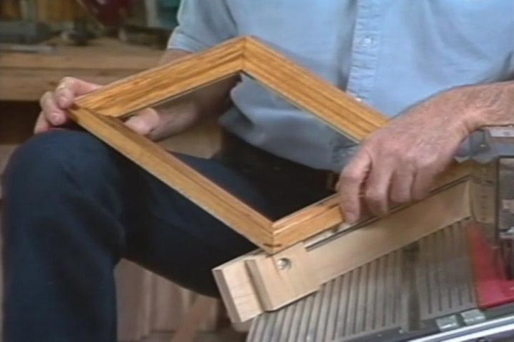 Woodworking II: Frames Woodworking Plan, Project Videos