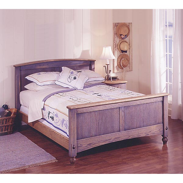 Country-Fresh Solid-Oak Bed