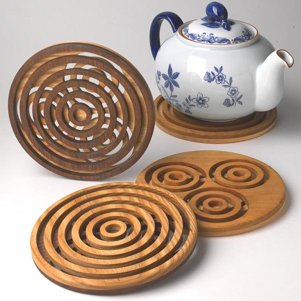 Trivet Pursuit Woodworking Plan, Gifts & Decorations Kitchen Accessories