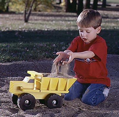 One huge hauler Woodworking Plan, Toys & Kids Furniture