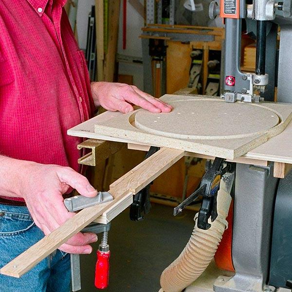 Bandsaw Circle-Cutting Jig