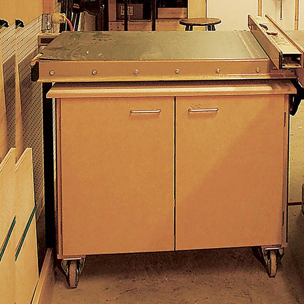 Rolling Tool Cabinet Woodworking Plan, Workshop & Jigs Shop Cabinets, Storage, & Organizers Workshop & Jigs $2 Shop Plans