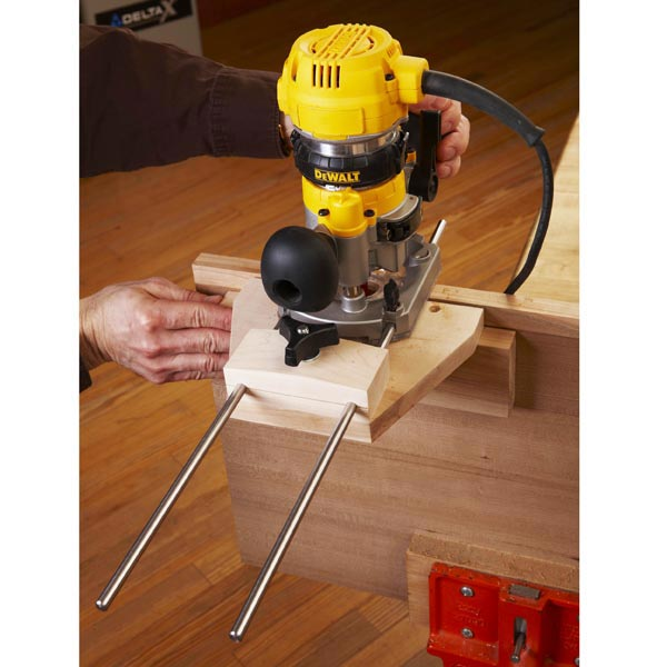 Dual purpose router edge guide woodworking plan from wood for Woodworking guide