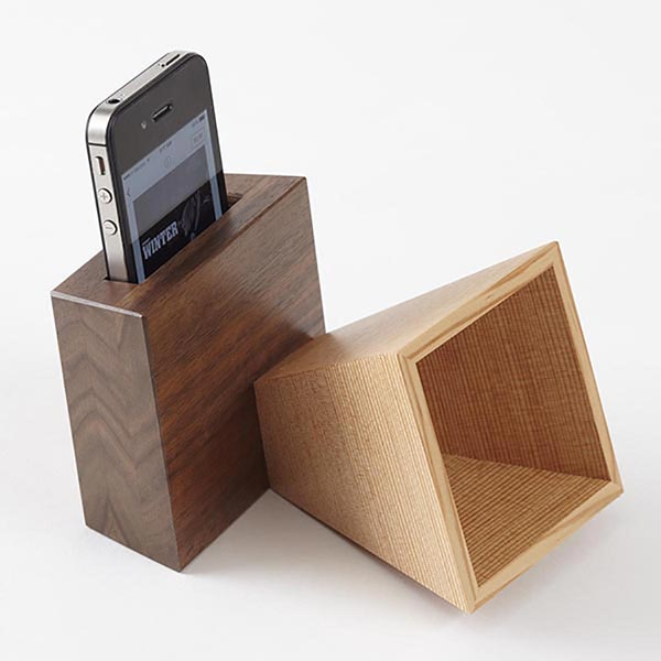 Music-Boosting Mobile-Electronics Amplifier Woodworking Plan, Gifts & Decorations Office Accessories