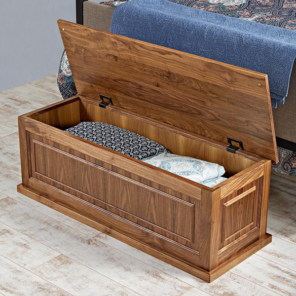 Family Treasure Blanket Chest