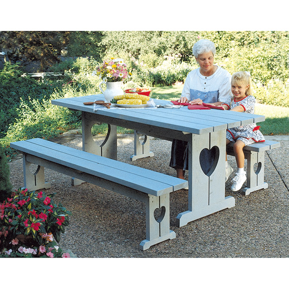 Heart Picnic Table & Benches : Large-format Paper Woodworking Plan