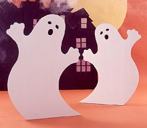 Ghostly Gathering : Large-format Paper Woodworking Plan