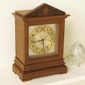 Time-honored Bracket Clock Woodworking Plan, Gifts & Decorations Clocks