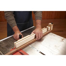 Miter-Gauge Extension Downloadable Plan