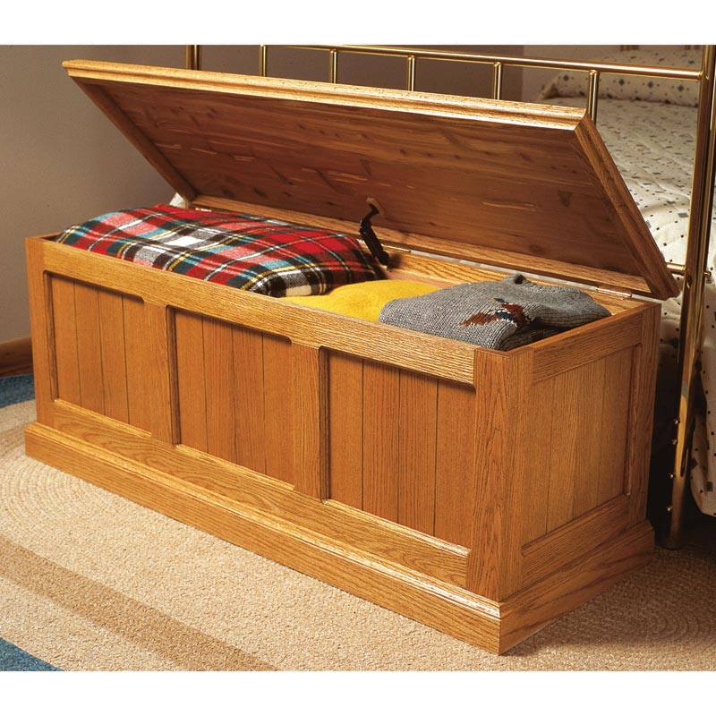 Cedar lined oak chest woodworking plan from wood magazine for Toy chest plans