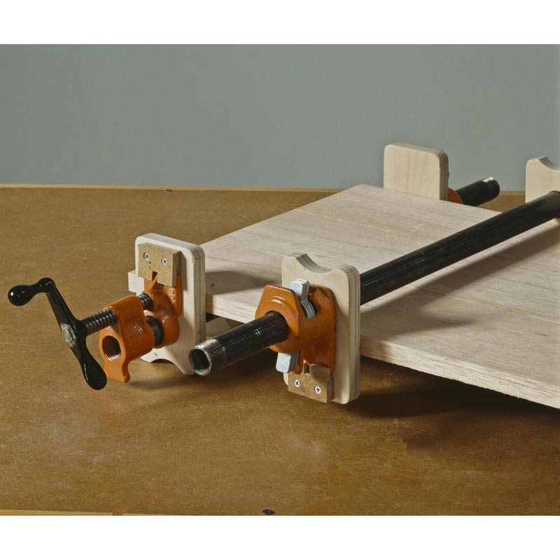 Stay put pipe clamp pads woodworking plan from wood magazine