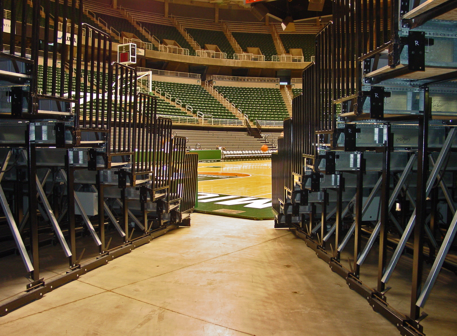 If you can't head out to The Breslin Center for the MHSAA Basketball Semifinals and Finals - listen to all of the action here on the MHSAA Network.