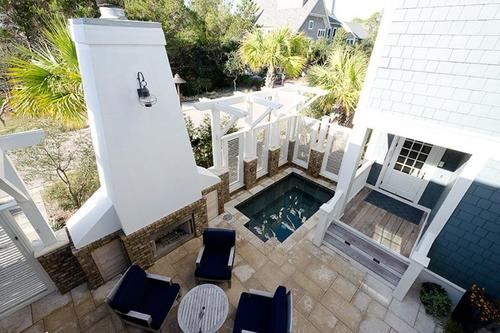 Spa courtyard seating and outdoor fireplace