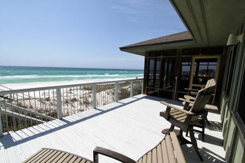 Screen porch and open deck on the gulf front