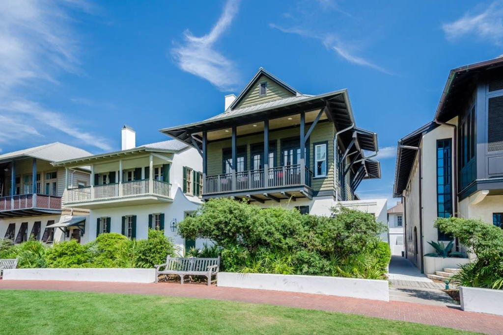 Hopetown on the green sunburst luxury vacations
