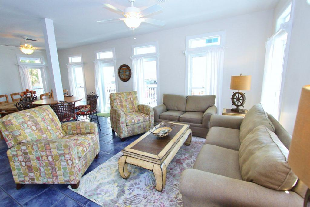 Margaritaville grayton beach beach vacation rental fl for Living room with 2 seating areas