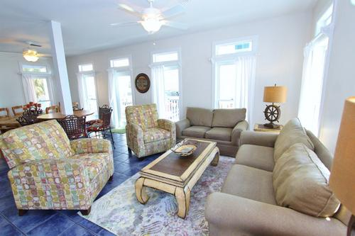 Margaritaville grayton beach beach vacation rental fl gulf coast for Living room with 2 seating areas