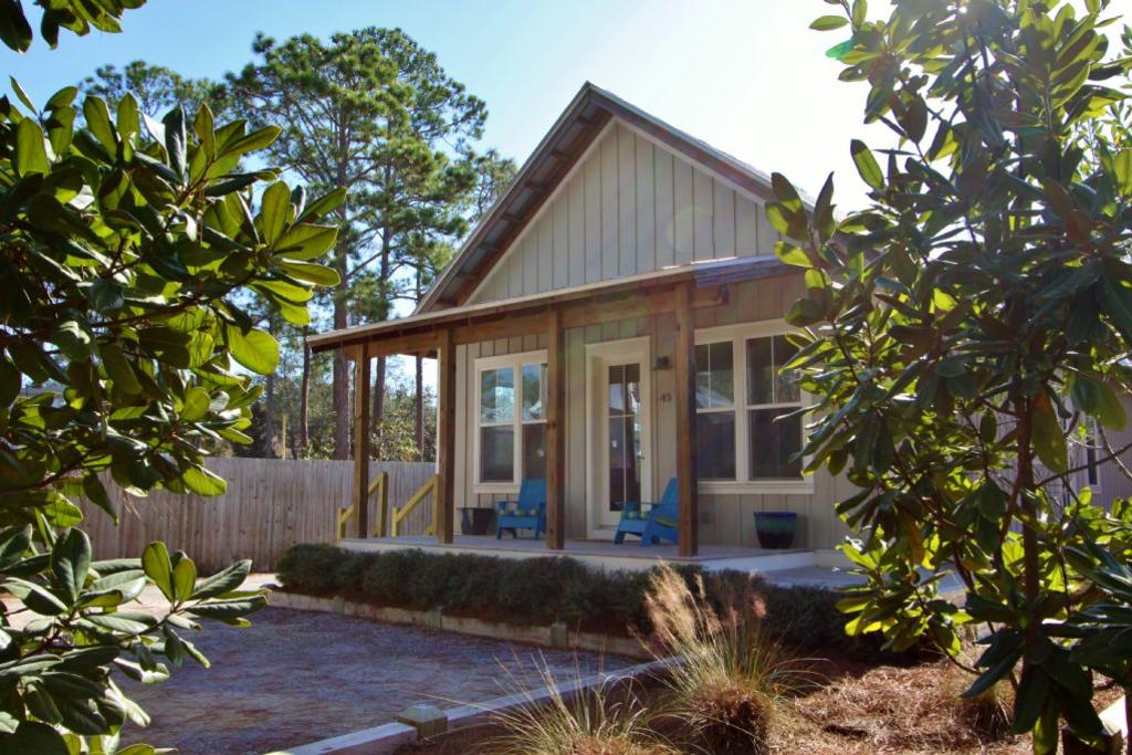 Sunburst shack charming new home in old seagrove