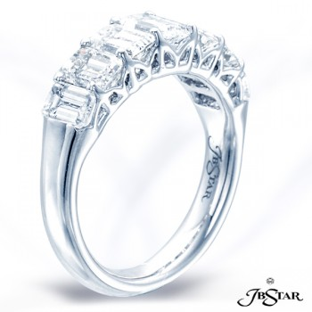 JB Star/Jewels By Star Single-Row Diamond Band