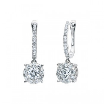 Memoire Classic Four Prong Diamond Stud Earrings