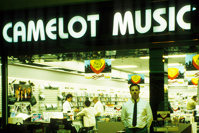 8 Defunct Record Store Chains You Will Never Shop At Again