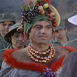 Klinger S Greatest Outfits From M A S H
