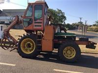 Trator John Deere CARREGADEIRA DE CANA 6405 COM SANTAL 4x4 ano 04