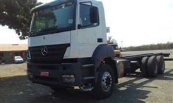 Caminhão Mercedes Benz (MB) 3344 Plataforma ano 09