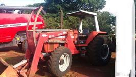 Trator Massey Ferguson 650 4x4 ano 06