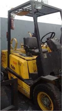 EMPILHADEIRA YALE GP050 - 2,5 ton