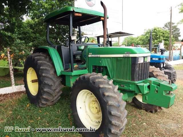 Trator John Deere 6405 4x4 ano 02